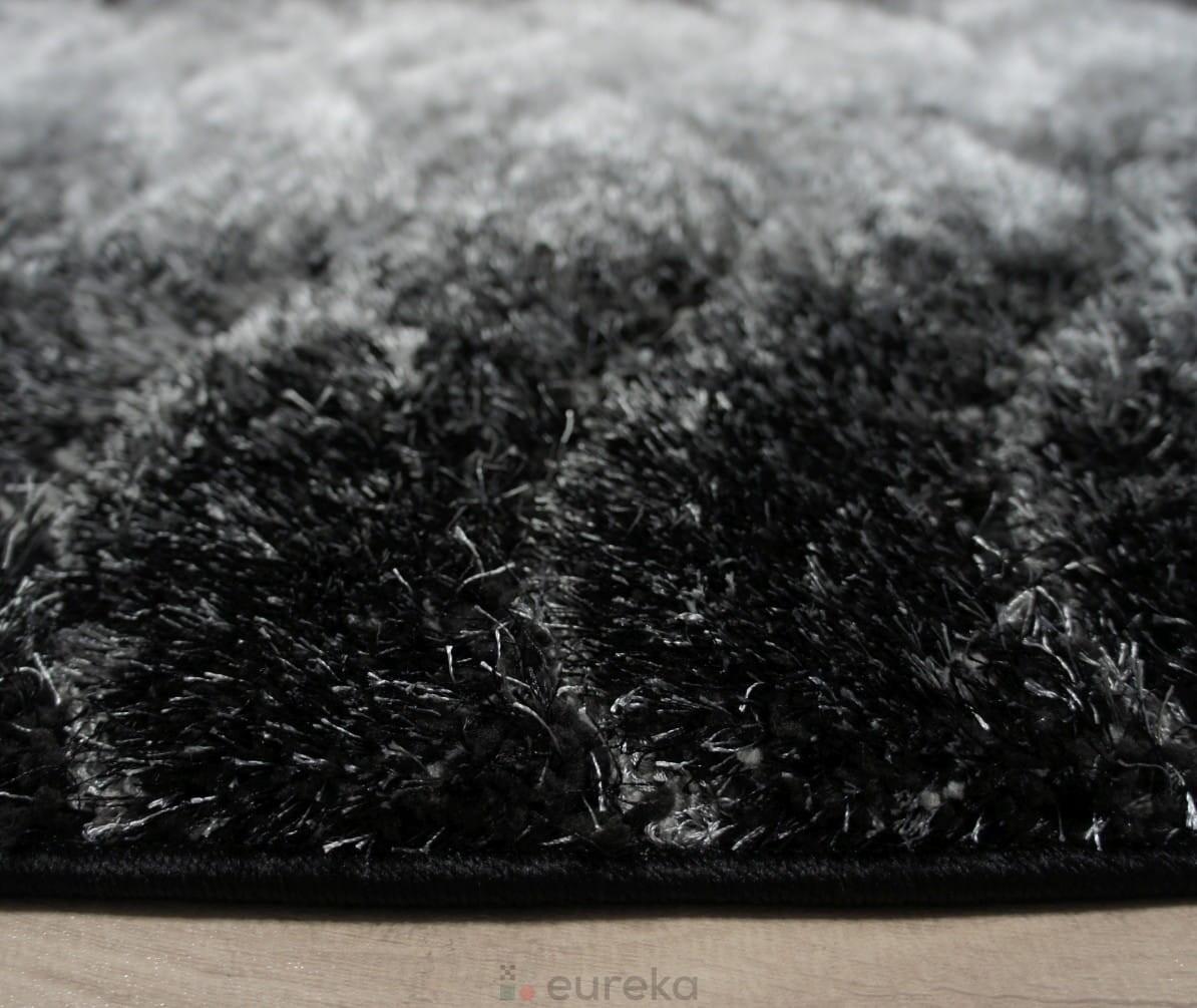 dywan shaggy czarny